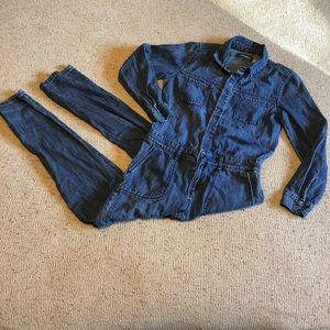 Girls old navy denim long sleeve jumpsuit size L